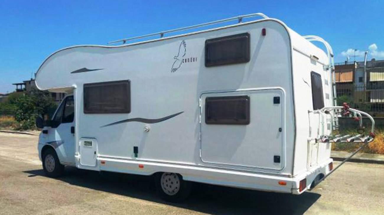 Camper sharing pronto a partire 7 posti aria condizionata - Pronto letto camper ...